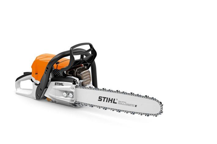 La tronçonneuse Stihl MS400 pour l'abattage, l'ébranchage et la coupe de bois dans le Finistère